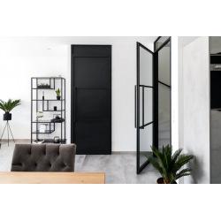 Černé interiérové dveře...