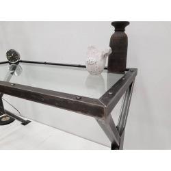 Pracovní stůl z ocele se...
