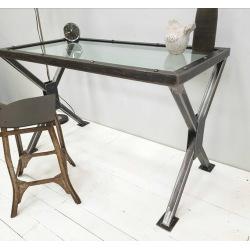 Pracovní stůl z ocele se sklem Chicago